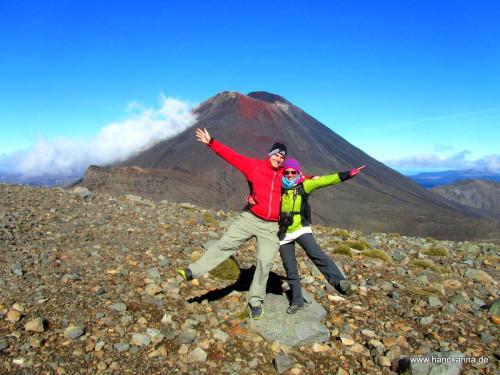 wir vorm Mount Ngauruhoe